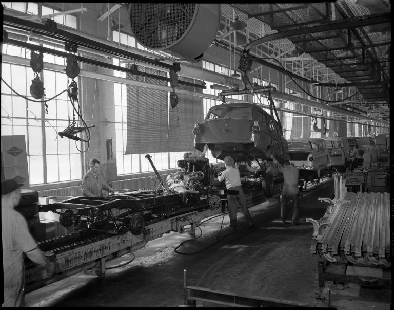 This 1955 photo shows the final assembly line located along the west side of the plant. While the generous windows and skylights brought in plenty of natural light, they also made the plant very hot during the summer months. These walls were demolished in the mid-1960s to accommodate a plant expansion project. Courtesy Minnesota Historical Society