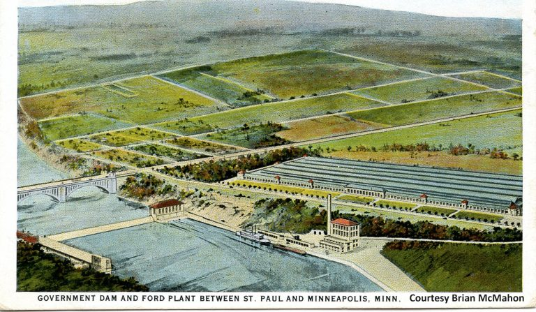 This picture shows all of the structures that were key to Ford's success in Saint Paul: the assembly plant, hydroelectric and steam plants, wharf, and the Intercity (Ford) Bridge. The surrounding property was largely undeveloped.